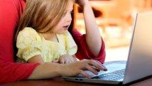 Internet: sempre più mamme in rete