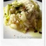Ricette veloci: risotto con crema di piselli e julienne di zucchine