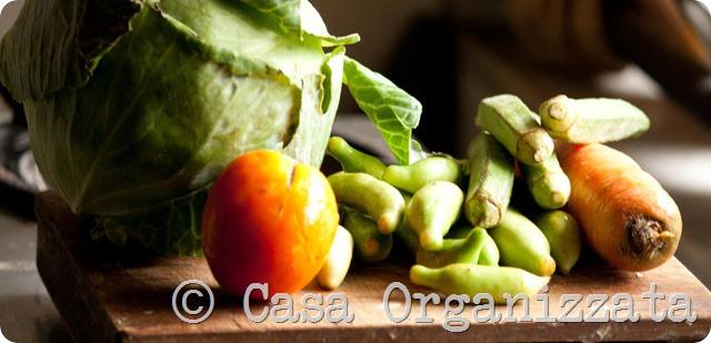Mangiare bene risparmiando: fare la minestra di verdura fresca in 30 minuti