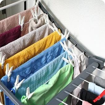 Come eliminare i residui di detersivo dal bucato