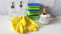 Aceto e rimedi naturali molto meno inquinanti dei detersivi chimici, uno studio lo conferma