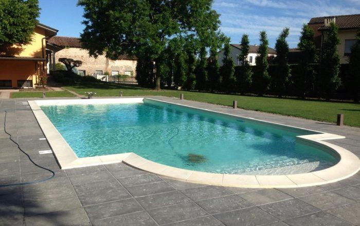 piscine mantova, modena, reggio emilia, verona, garda, lago di garda, desenzano, peschiera, cremona, parma