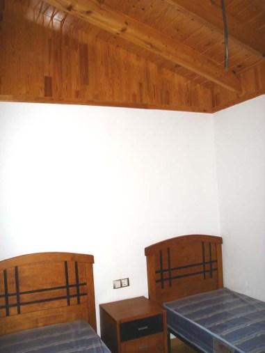Decoración casas madera con paredes en tablero de yeso laminado