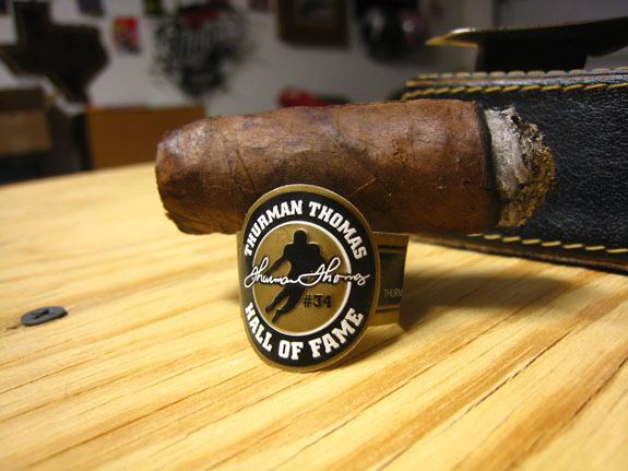 Thurman Thomas Hall of Fame Maduro