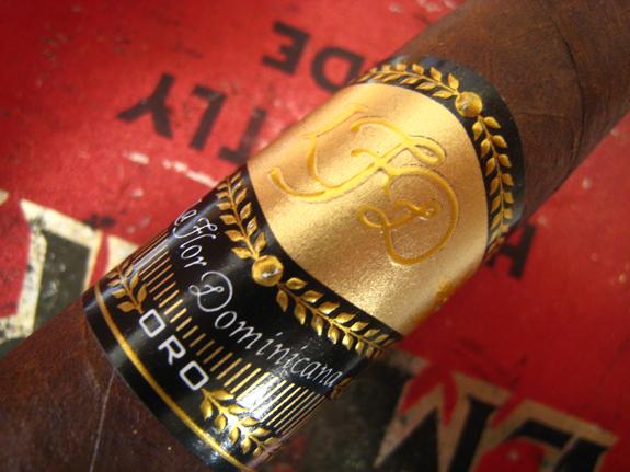 La Flor Dominicana Oro Chisel