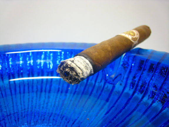 Ortega Cigar Co. Cubao No. 3
