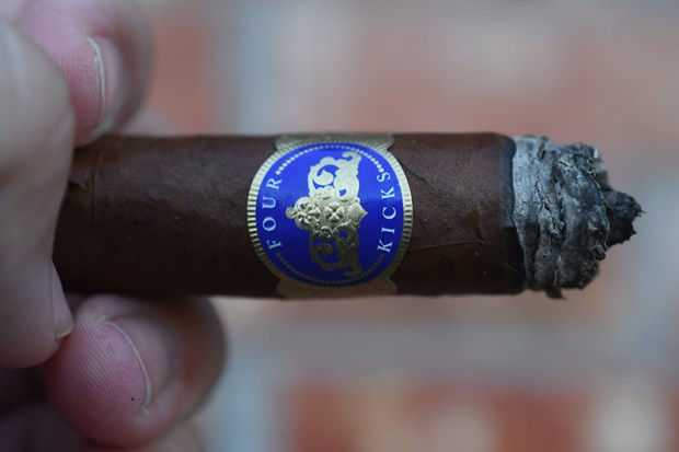 crowned-heads-mule-kick-capa-especial-8