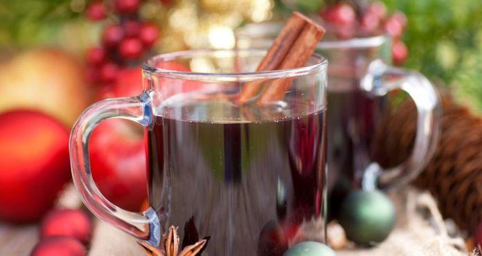 Ζεστό γλυκό κρασί (Glühwein)
