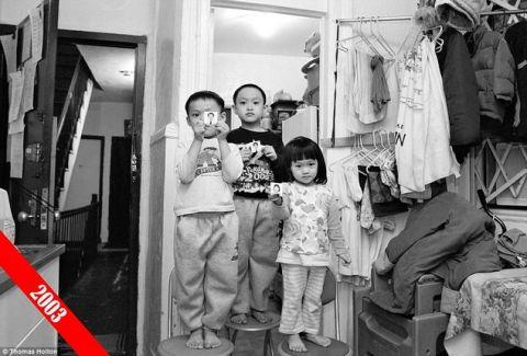 Πώς είναι να ζουν 5 άτομα μέσα σε ένα διαμέρισμα 32 τετραγωνικών; Κι όμως μια κινέζικη οικογένεια το κατάφερε!