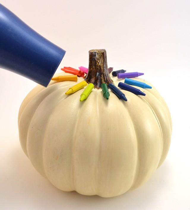 005-crayon-pumpkin-tutorial-640x705