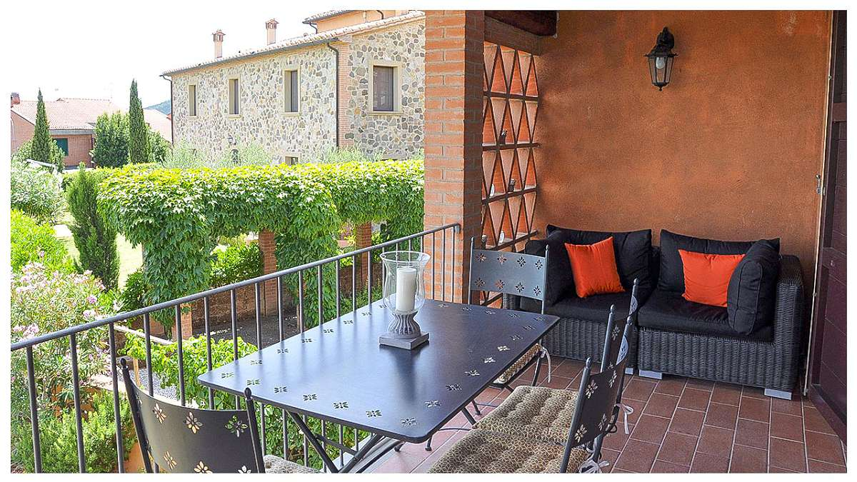 Orciatico Village Apartment With Pool Casa Tuscany