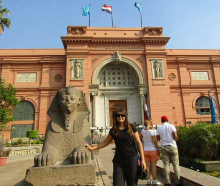Viktoria in front of Cairo's Egyptian Museum.