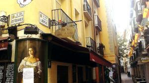 Calle libertad esquina calle estebanes