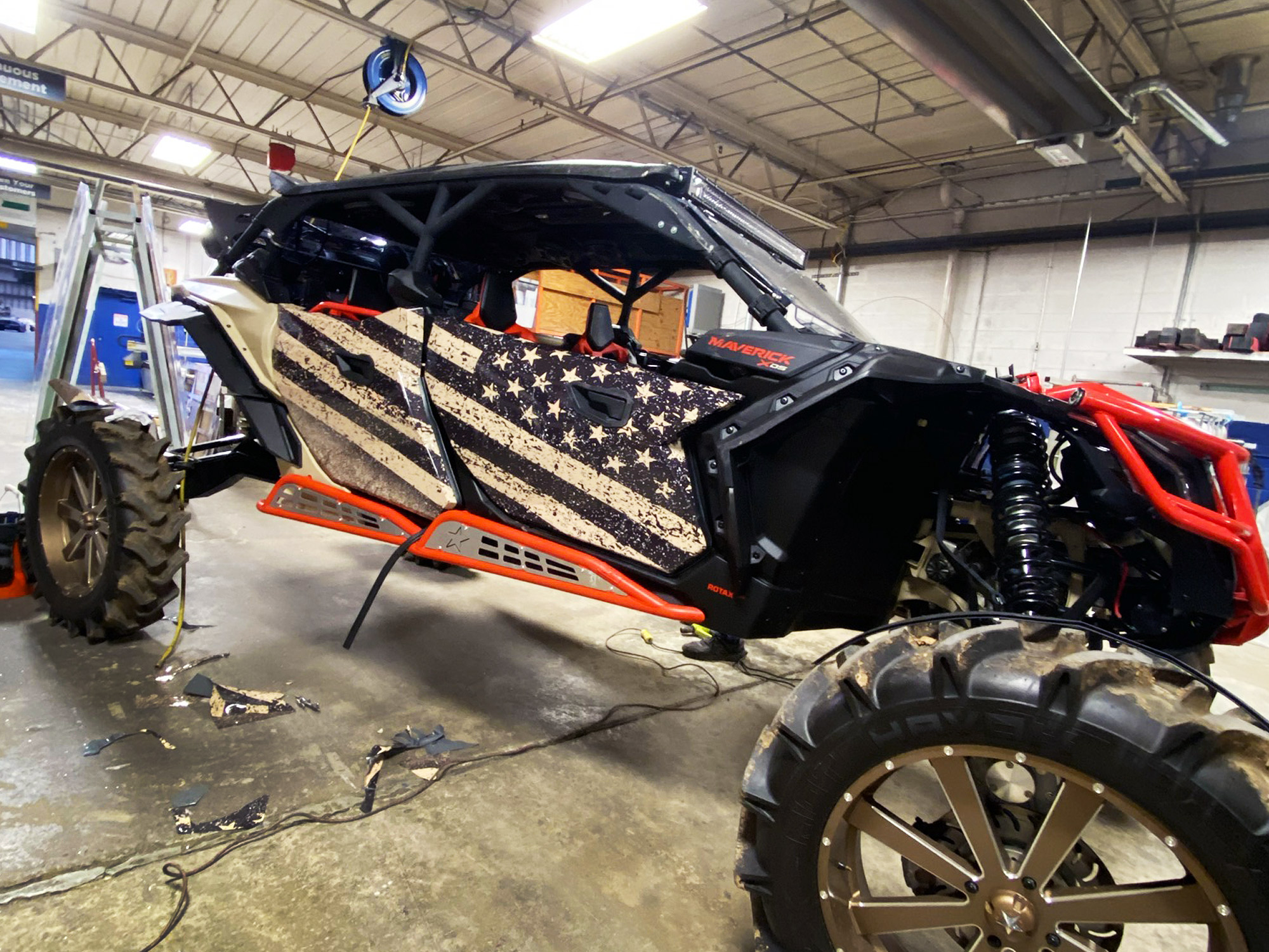 Partial wrap with American flag on an off-road 4WD vehicle.