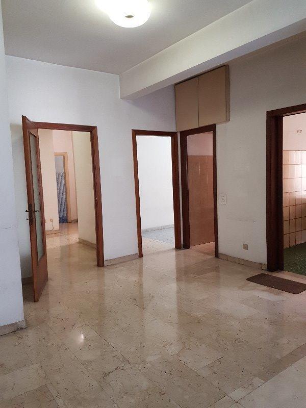 Roma Appartamento Da Ristrutturare A Roma In Vendita