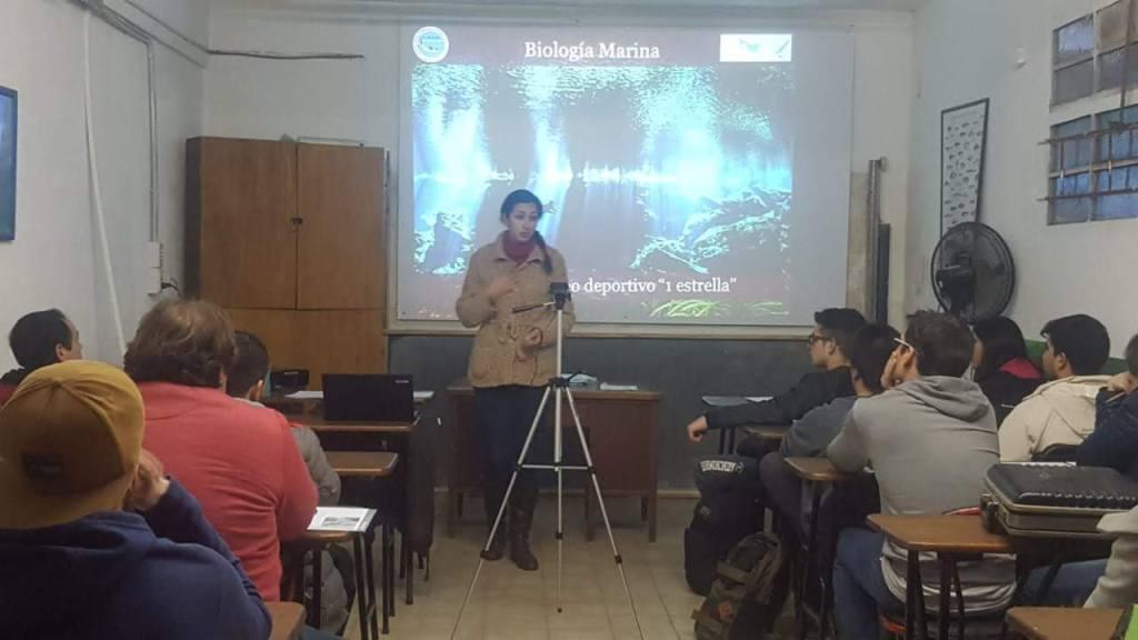 Clase de Biología Marina en el Curso de Buceo 1 Estrella 2