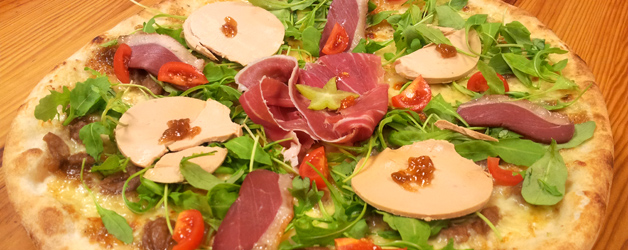 La pizza au foie gras et magret