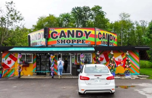 It's a Ford. #FordSummer. (Checking out the Ford Canada SUV Line in Muskoka!) — The Candy Shoppe