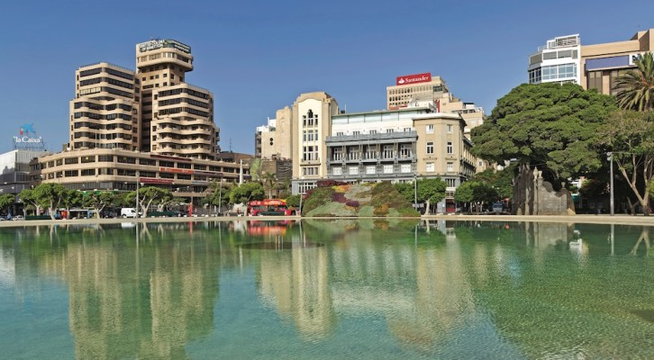 Local official criticises management of Tenerife's casinos for financial irregularities
