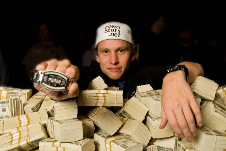 Peter Eastgate, ex campeón de la World Series of Poker