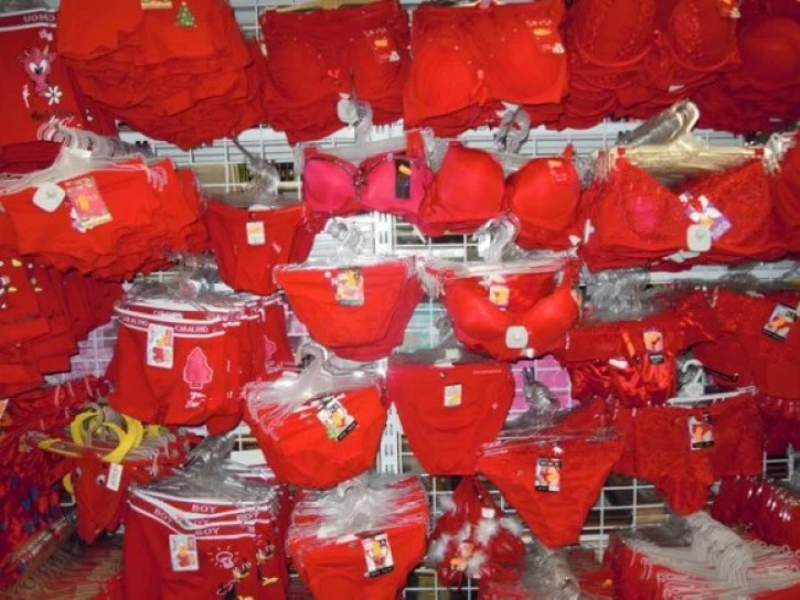 Red underwear, a new year tradition in China