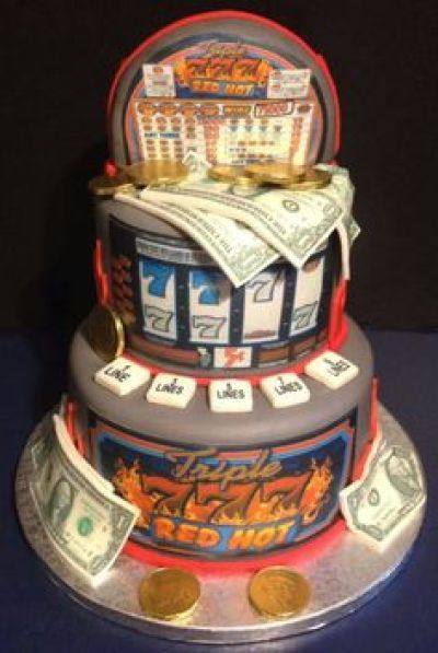 An image of the Triple 777 Red Hot slot machine cake