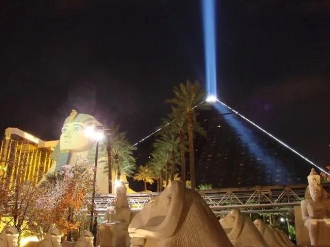 Luxor-Las-Vegas