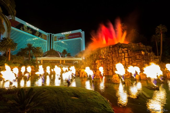 Volcanic Eruption at The Mirage