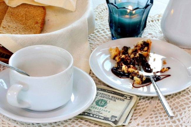 Why should you tip-why, when, and how much to tip in Las Vegas