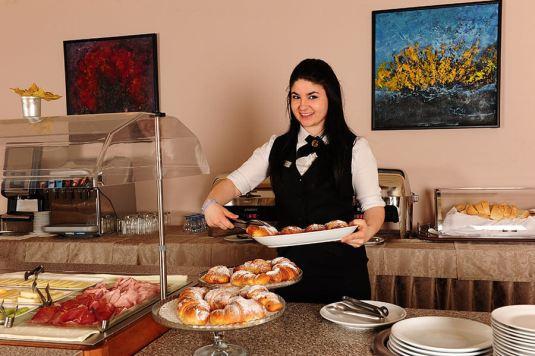 Ristorante Carat colazione cameriere