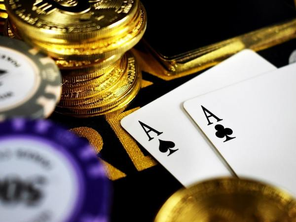 Start Your Career in Online Poker Career in 2021