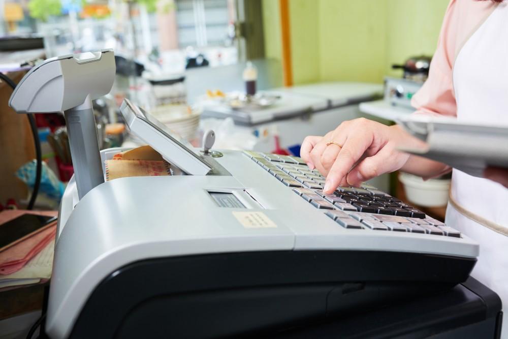 registratore di cassa rotto riparazione sostituzione