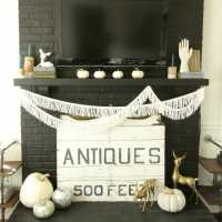 Blogger Stylin Home Tour: Fall Edition