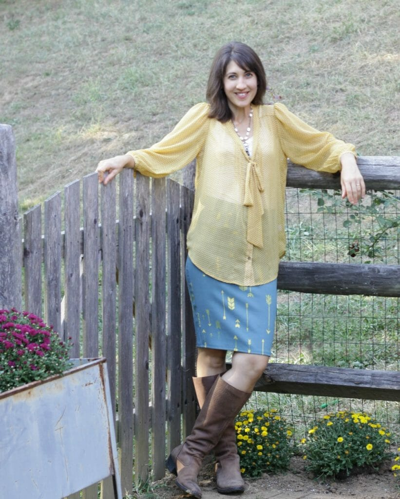 lularoe-cassie-skirt-fall-boots-outfit
