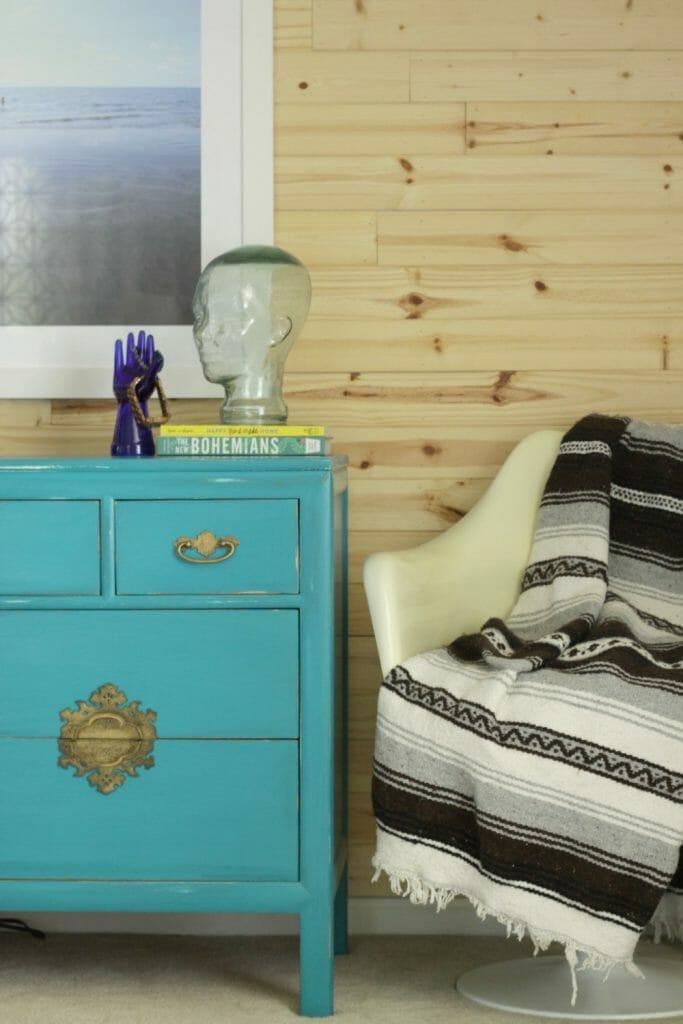 modern-shiplap-wall-bohemian-fall-bedroom