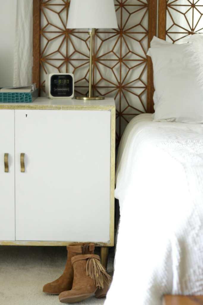 suede-booties-fall-modern-boho-bedroom