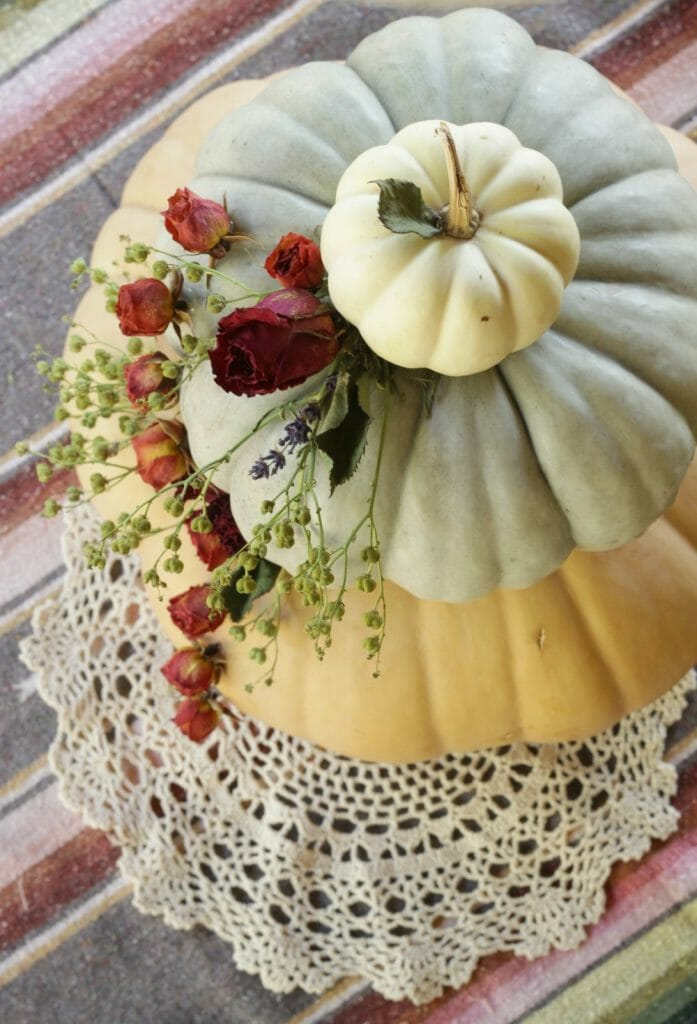 tiered-pumpkin-dried-floral-fall-centerpiece