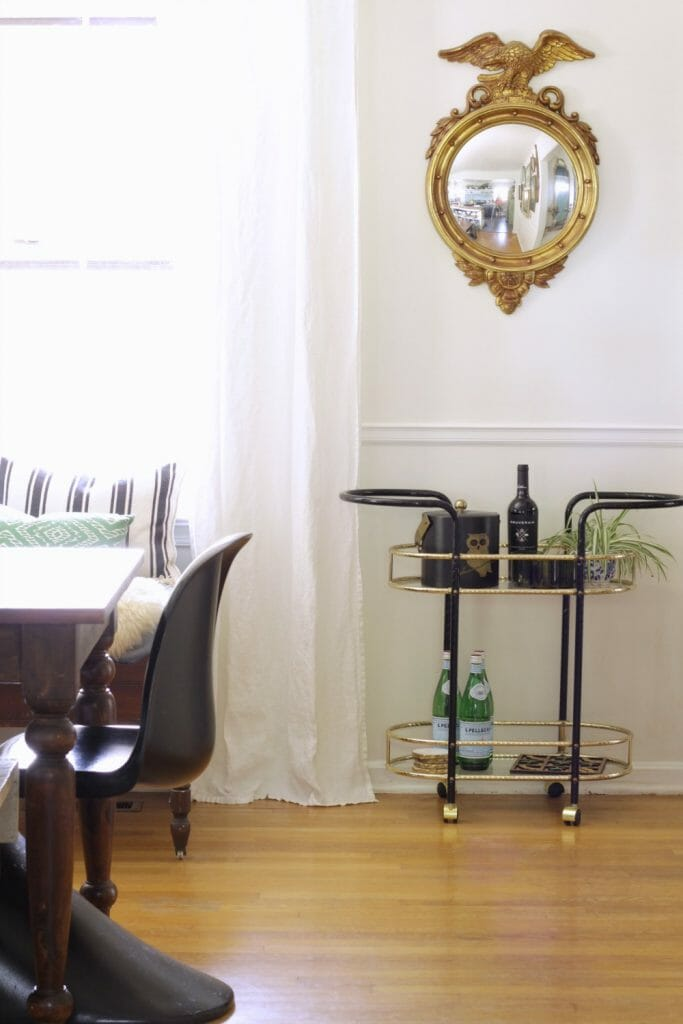 vintage-modern-dining-room-federal-mirror-bar-cart