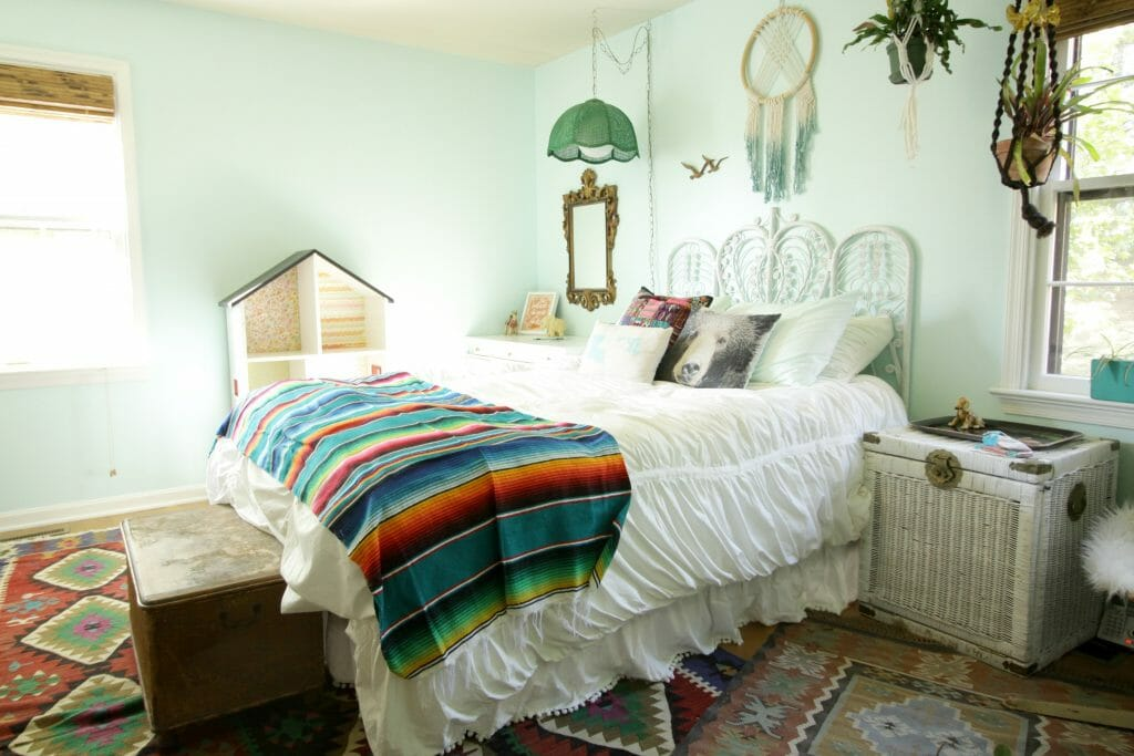 Eclectic Aqua Girls Room- One Room Challenge