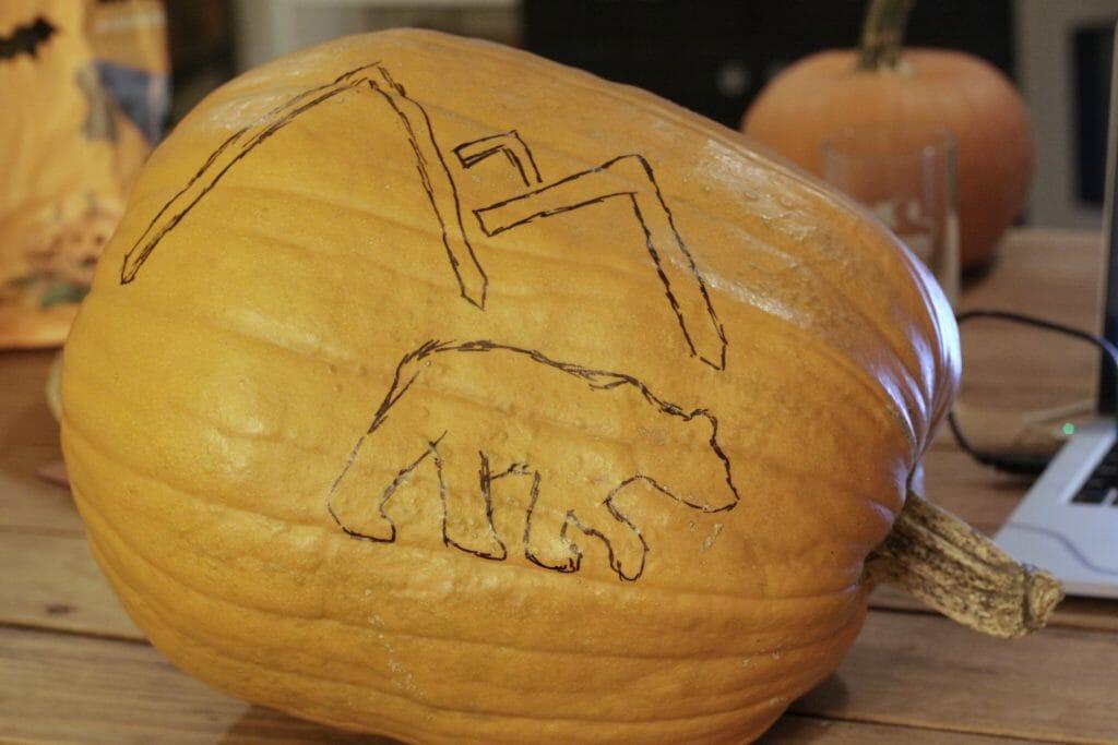 making-bear-mountain-pumpkin