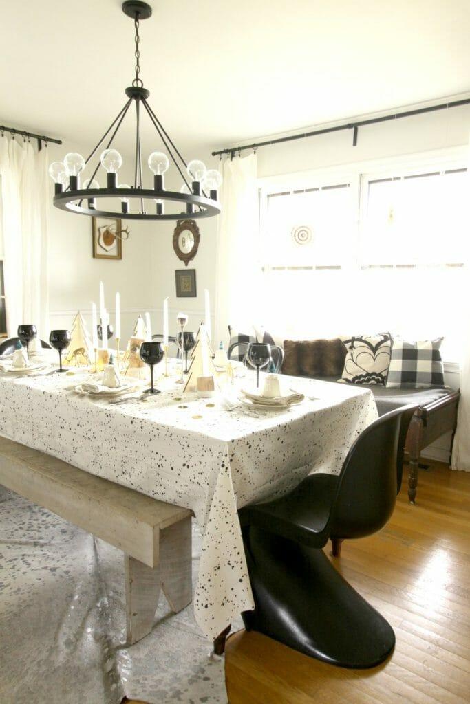 black-white-vintage-modern-dining-room