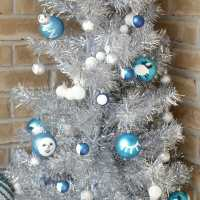 DIY Moon Phase Christmas Tree