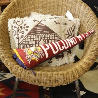 30 Minute Project: DIY Vintage Pennant Pillows