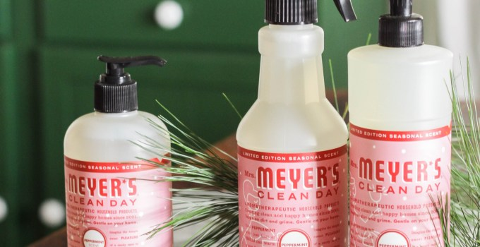 Holiday Cleaning Prep & Hostess Gift Idea: Free Mrs. Meyer's Holiday Set
