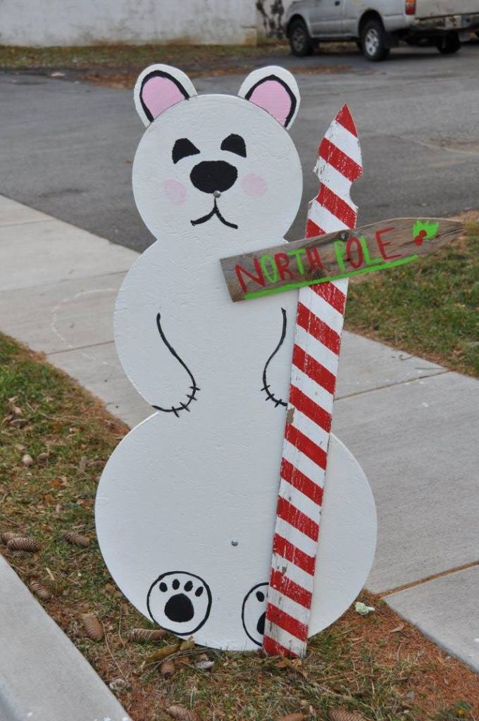 Town Christmas Tradition: Snowmen on Main (Vote for Emmy's!)