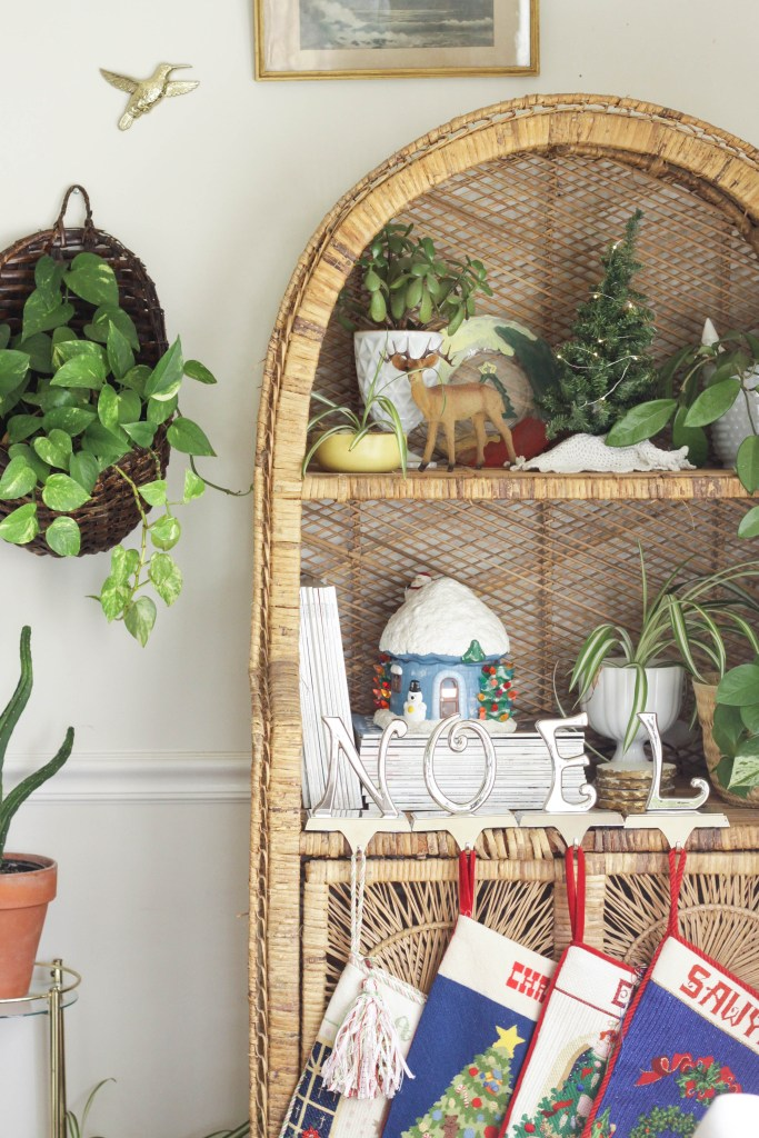 Wicker Shelf with special memories for Christmas