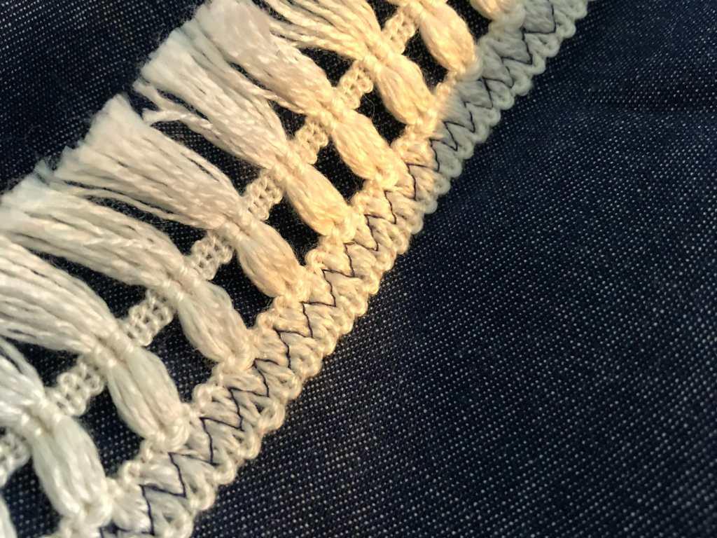 Zig Zag stitching on fringe
