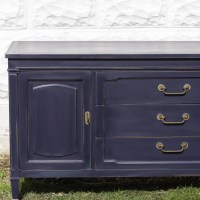 Furniture Makeover: Coastal Blue Vintage Sideboard