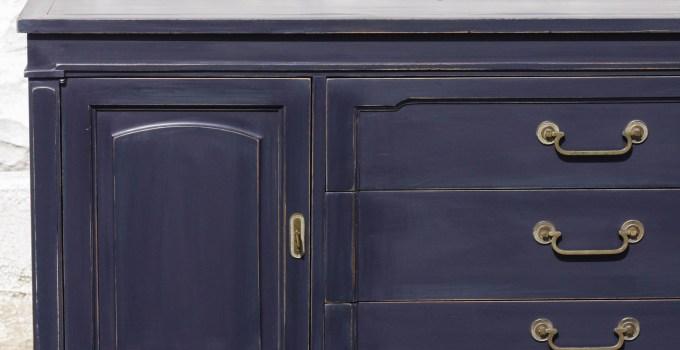 Furniture Makeover: Coastal Blue Vintage Sideboard