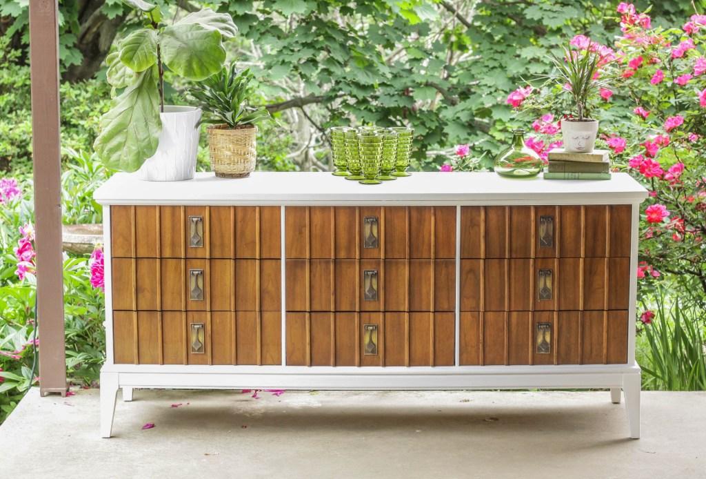 Wood White Modern Dresser Makeover DIY